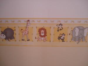 O border escolhido em abril de 2007, e hoje na parede do quarto da Mirela, em setembro de 2009...