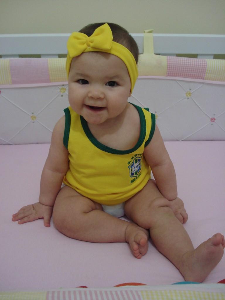 """""""Quem curte a Mirela, vota nela!!!"""" www.seumomentonuk.com.br"""